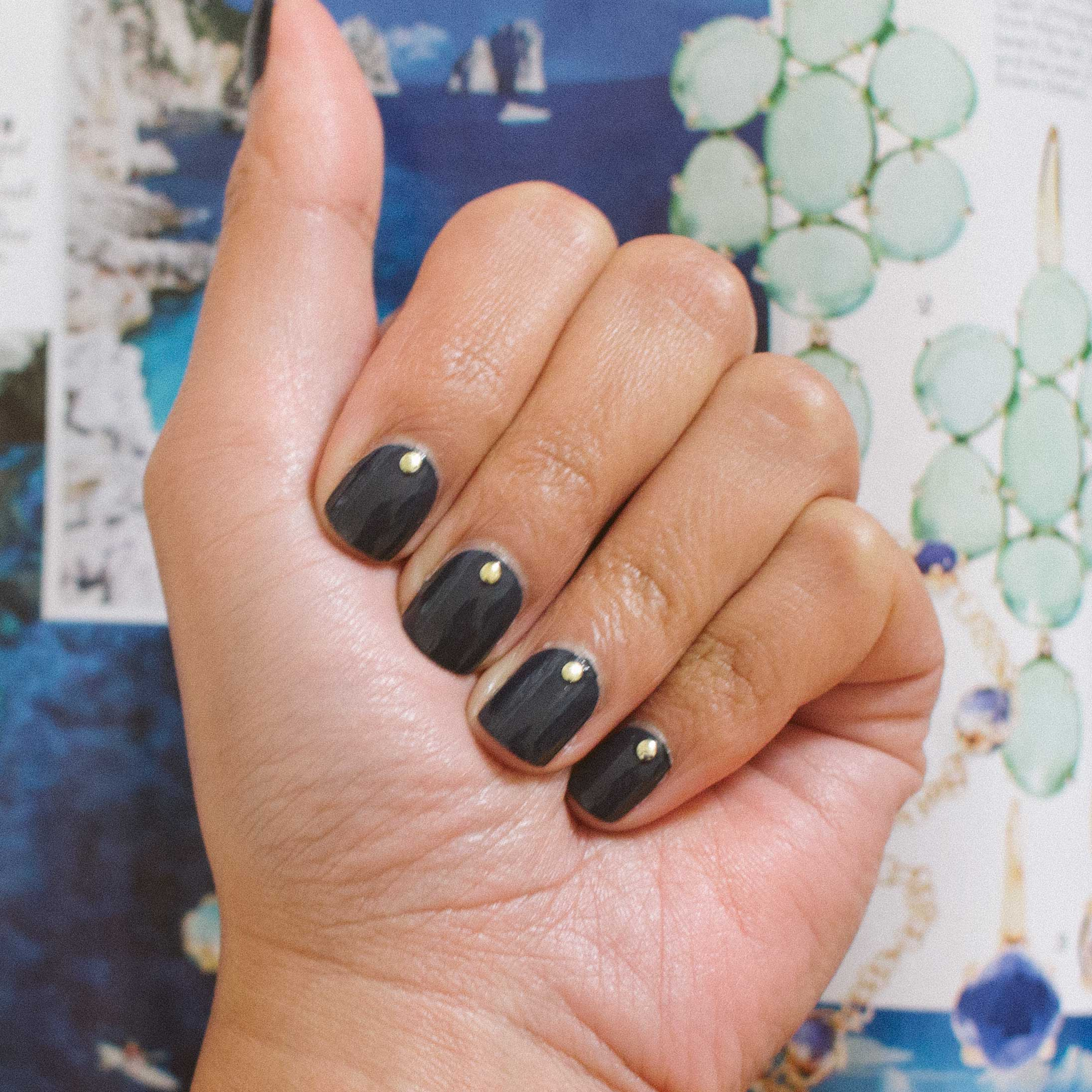 essie bobbing for baubles the beauty vanity llc a san francisco beauty blog. Black Bedroom Furniture Sets. Home Design Ideas