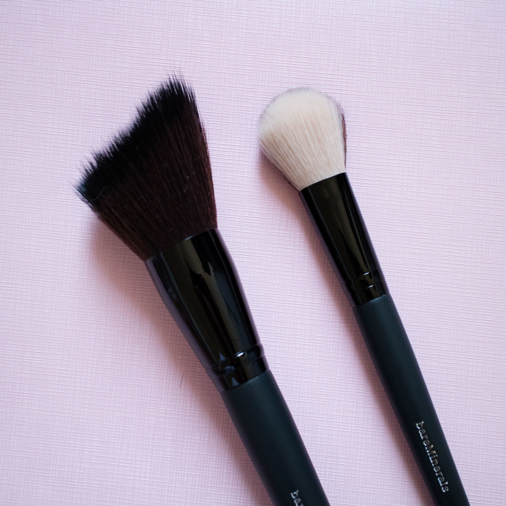 The Beauty Vanity | bareMinerals Soft Curve Face and Cheek Brush & Dual Finish Blush Contour Brush Review