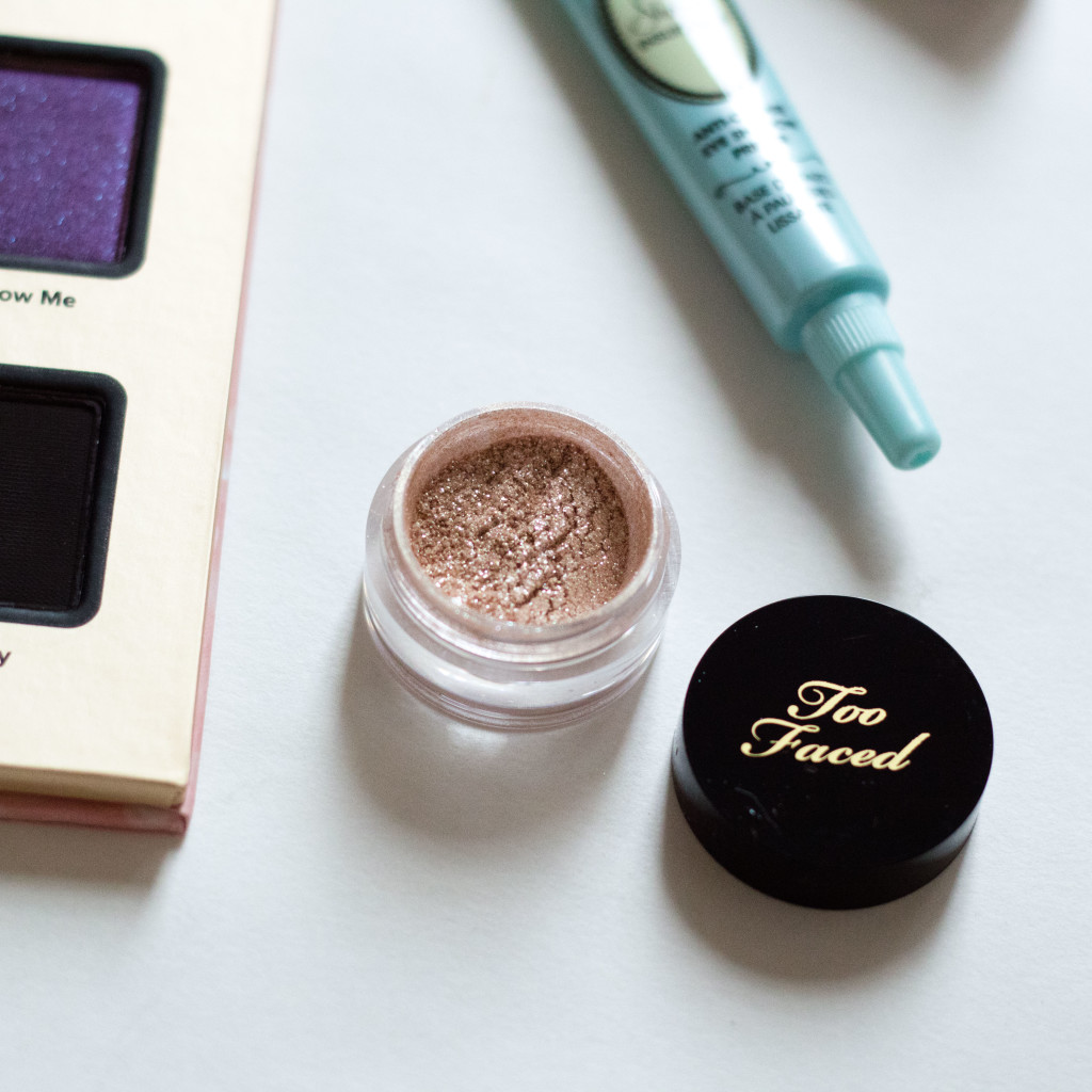 The Beauty Vanity | Too Faced Stardust Vegas Nay Review Swatches
