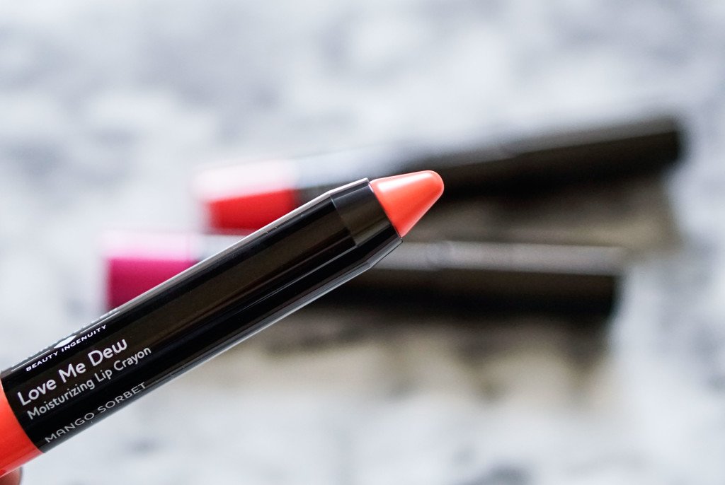 The Beauty Vanity | Laura Geller Love Me Dew Moisturizing Lip Crayon Review Swatches