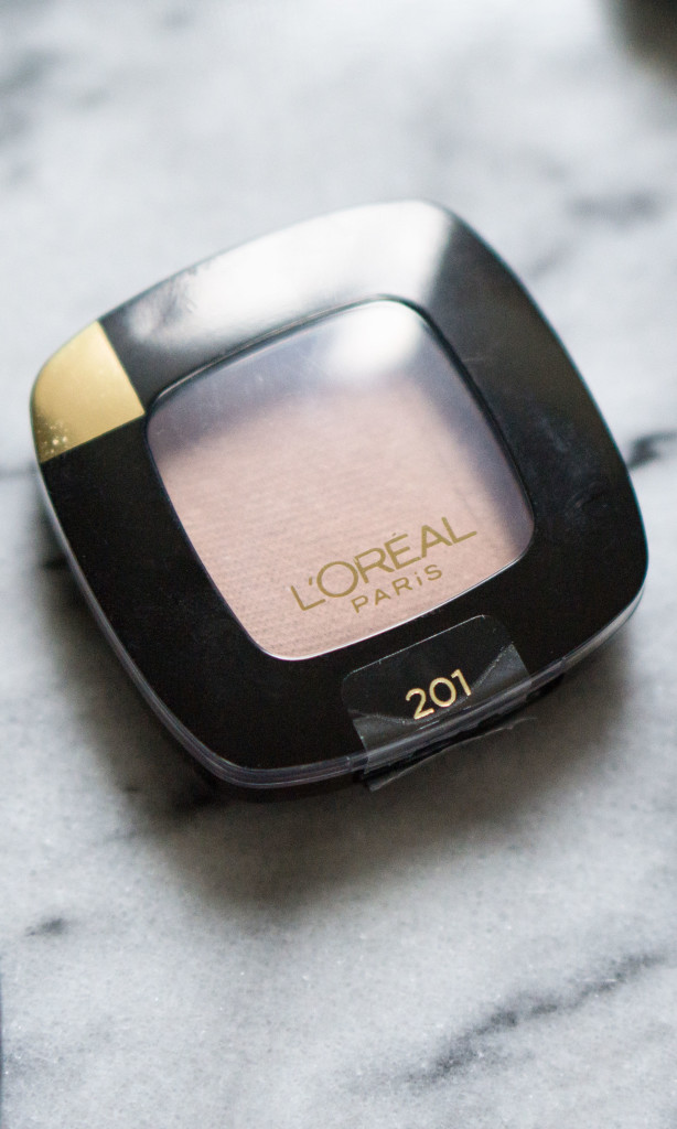 The Beauty Vanity | L'Oreal Colour Riche Eye Shadow Review Swatches