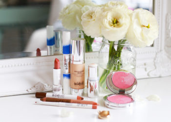 The Beauty Hotline: Lightweight Makeup For Summer