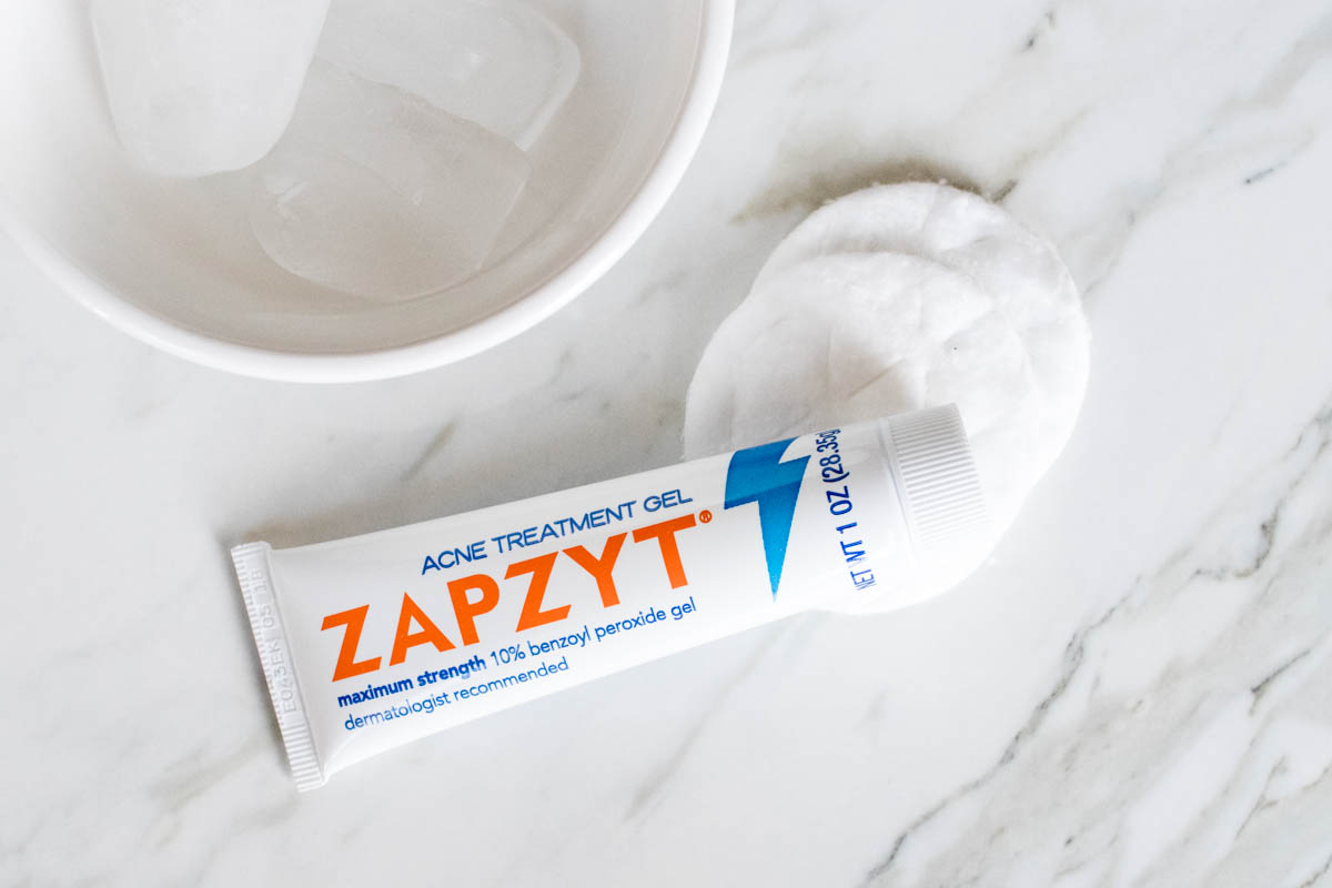 How To Emergency Zit Remedy Zapzyt | The Beauty Vanity | The Beauty Review
