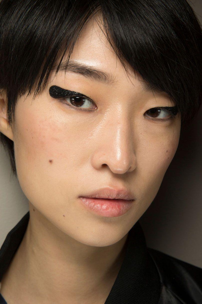 NYFW Asian Beauty Looks | Tom Ford ss18 | The Beauty Vanity