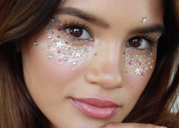 Easy Last Minute Glitter Halloween Makeup