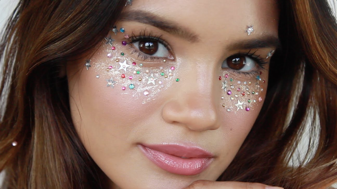 3 easy last minute glitter halloween makeup looks