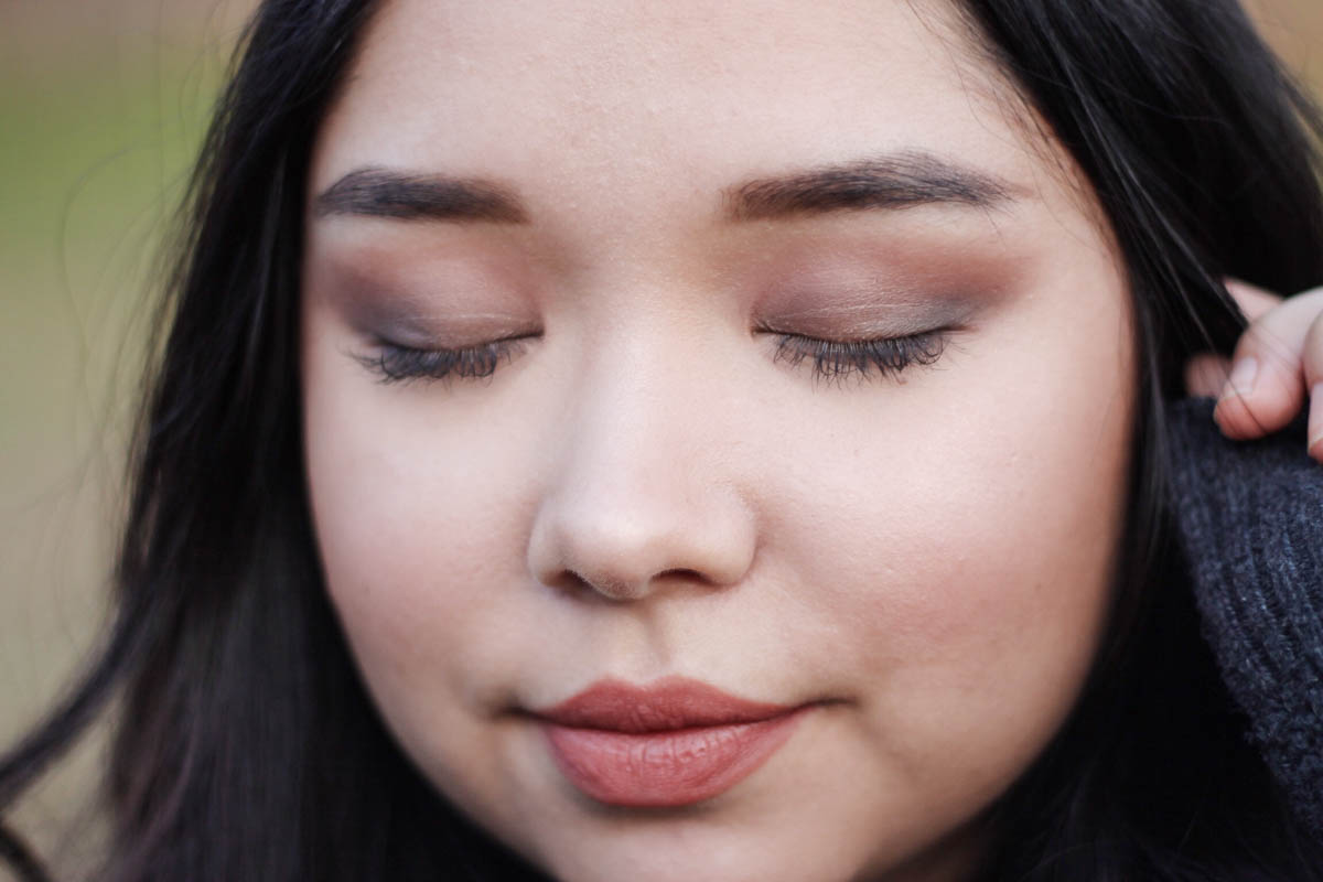 Christmas Makeup Tutorial For Brown Eyes | The Beauty Mirror | The Beauty Vanity