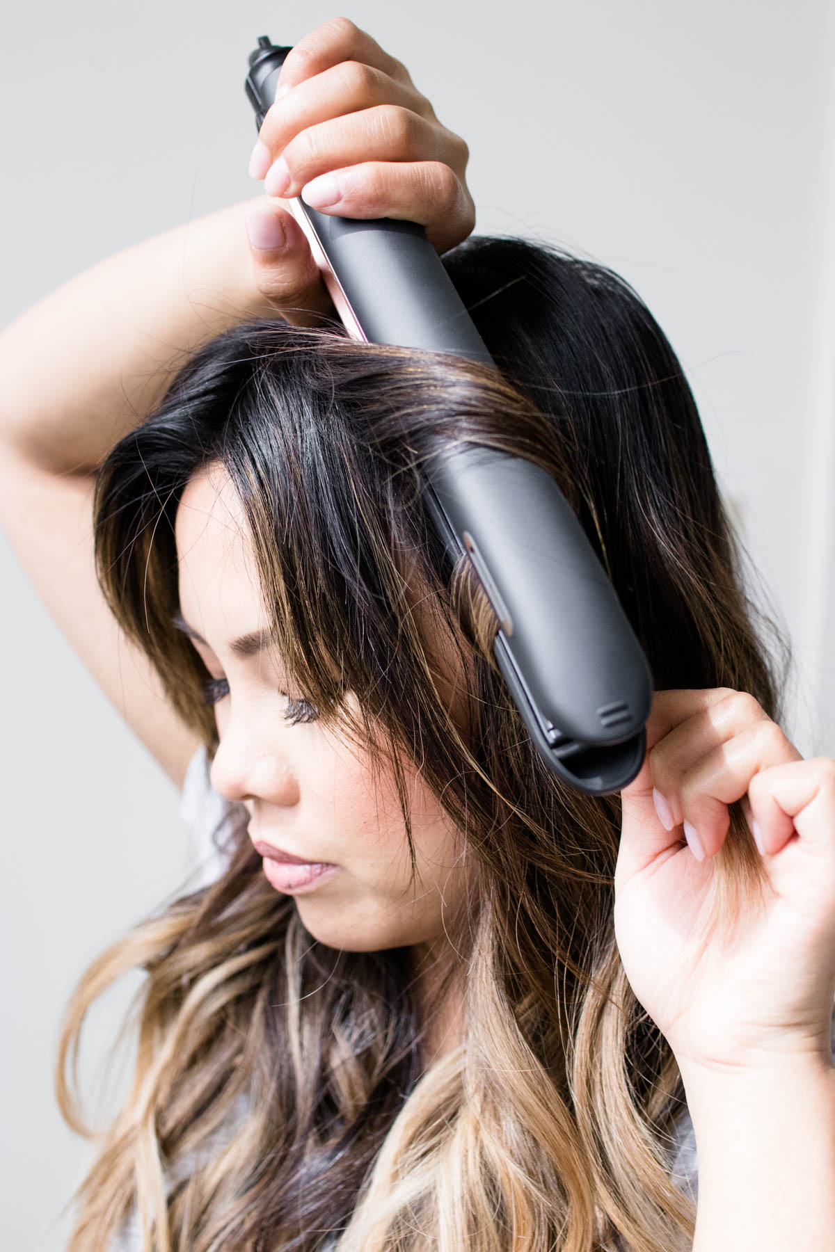 Curl Your Hair Like A Pro With This Flat Iron Technique